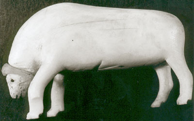 Sculpture of a muskox