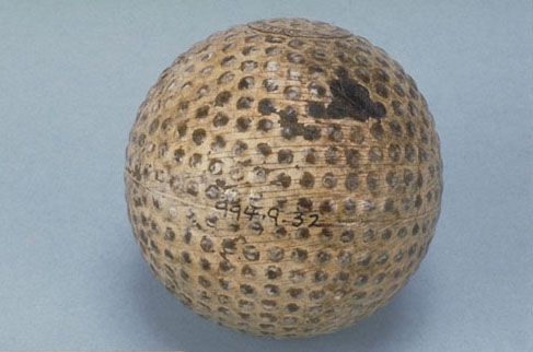 Early rubber-core golf ball, 1901. Canadian Museum of History, 994.9.32