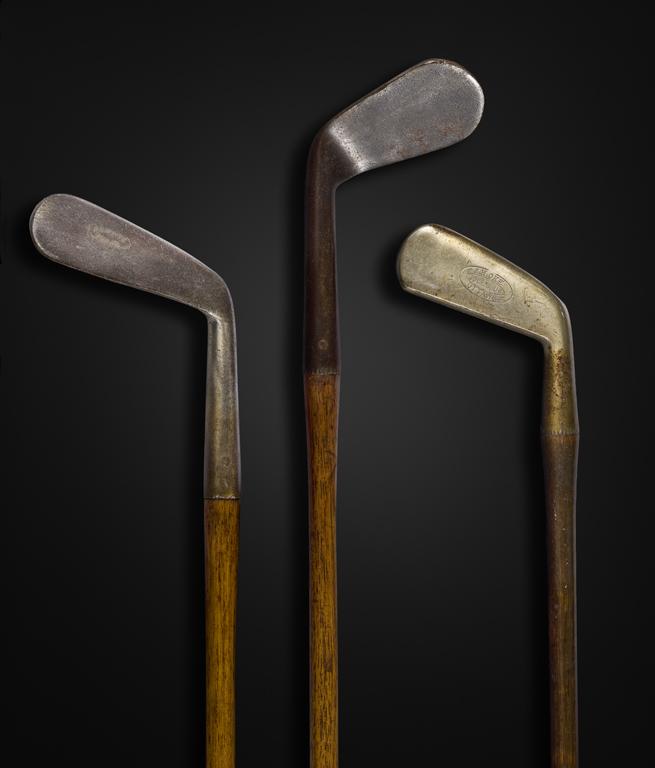 Premiers bâtons de golf, vers 1900, estampillés J. H. Oke et Wm. Park. Musée canadien de l'histoire, 995.4.6; 994.6.56; 996.3.31