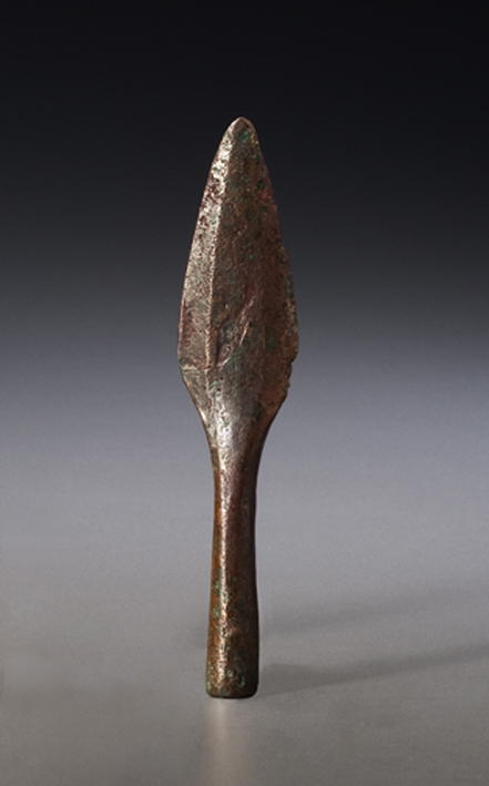 Spear point or knife, Late Archaic, Lake Superior, 3,000–4,000 years ago Native copper Canadian Museum of History, DiJa-1:44