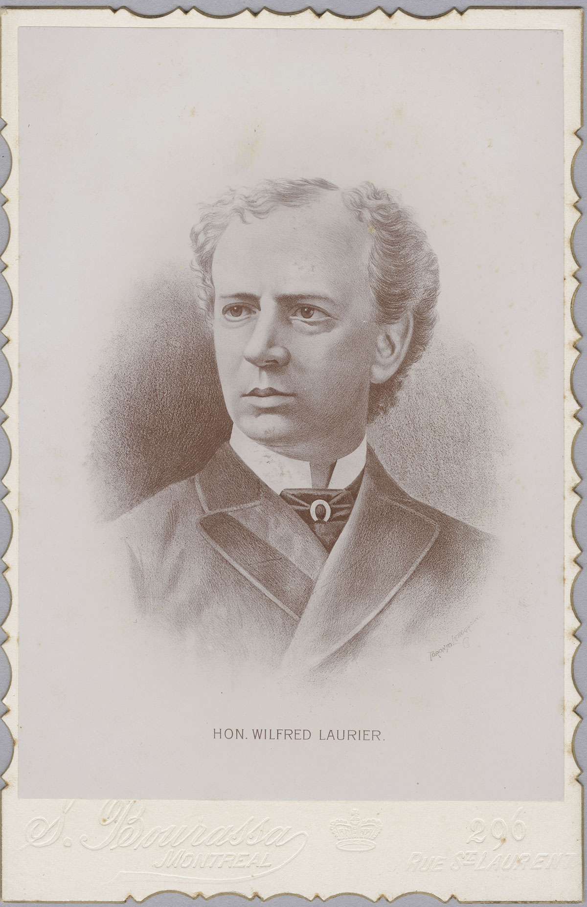 Photograph of Laurier taken around 1885, shortly before he became Leader of the Liberal Party of Canada. Canadian Museum of History, 2012-H0040.93. Gift of Serge Joyal.