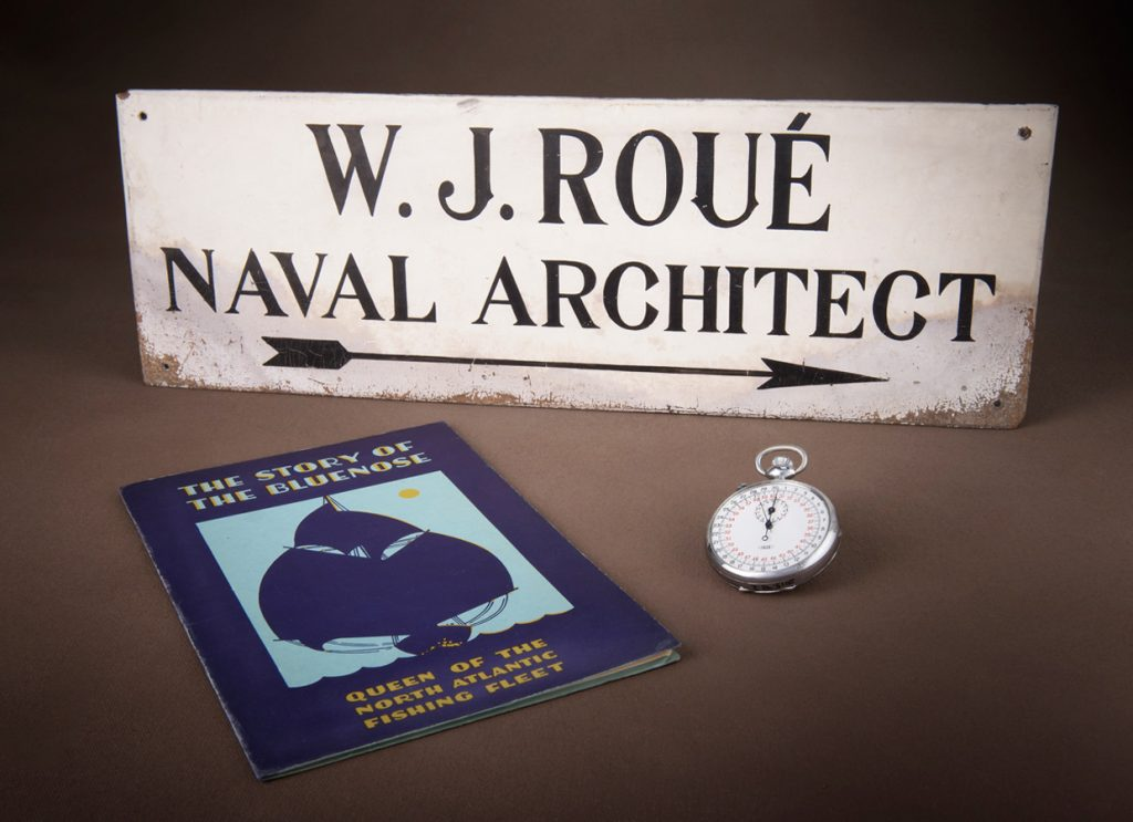 These artifacts from William James Roué Collection will be on display in the new Canadian History Hall. William James Roué Collection, Canadian Museum of History, 2015.98.1, 2015.98.2 and RARE VM 395 B5 S76 1933, IMG2016-0300-0013-Dm