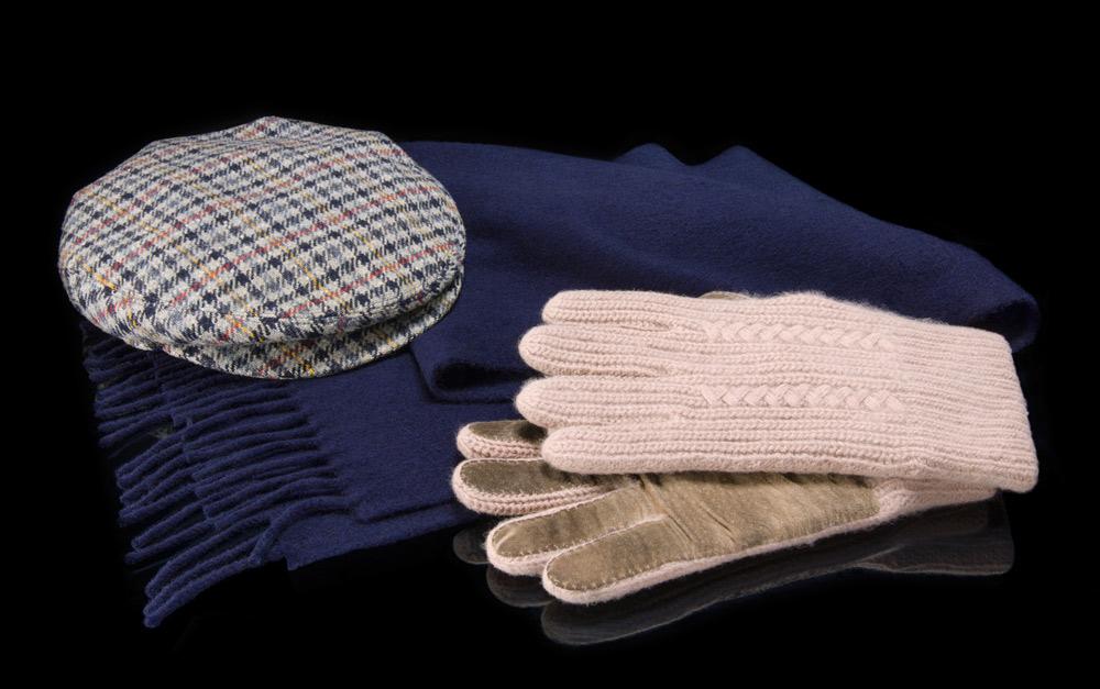 Glenn Gould scarf, hat and gloves