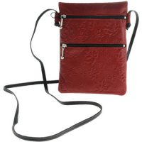 Passport Pouch Maple Leaves Red:: Pochette de passeport feuille d'