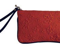 Wristlet Maple Leaves Red:: Sac bracelet feuille d'