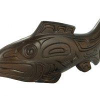 Bronze Salmon Sculpted by artist Micheal MacLean:: Saumon dans le bronze par l'artiste Micheal MacLean