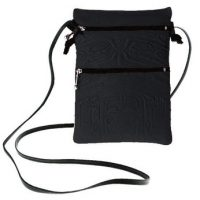 Passport Pouch Bear Box Navy:: Pochette de passeport bo