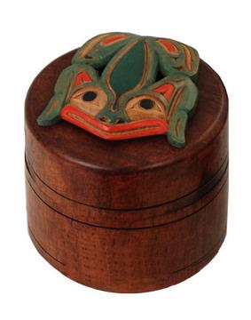 Frog Box by Artie George:: La grenouille sur une bo
