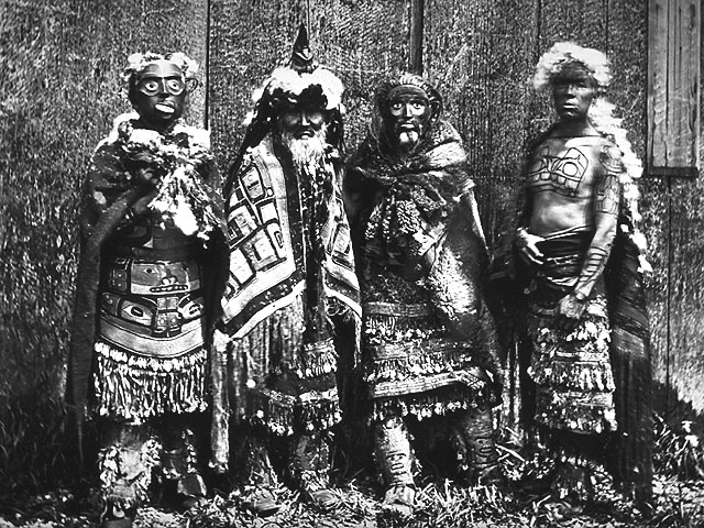 """L'image """"http://www.civilization.ca/aborig/haida/images/hvmas05b.jpg"""" ne peut être affichée car elle contient des erreurs."""