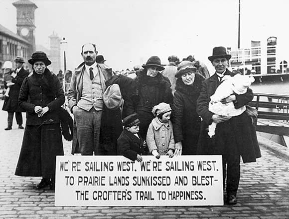 immigration in the 1920s Immigration during the 1920s was an abundance of foreigners entering the united states many of these immigrants came over from their native lands to escape going to jail, poverty, discrimination.