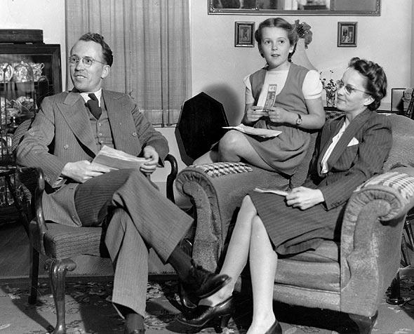 canadian personalities tommy douglas tommy shirley and irma at home in weyburn saskatchewan after 1944 election
