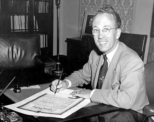tommy douglas the greatest canada essays writing service