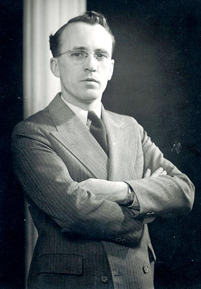 canadian personalities tommy douglas tommy douglas is elected to parliament 1935