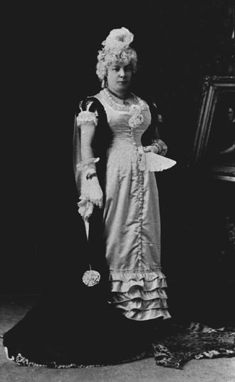 "Photograph of Mrs. R.A. Lindsay as a ""Lady of the Time of Marie Antoinette"""