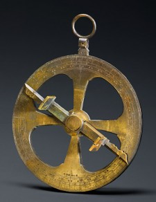 « Champlain's » astrolabe, engraved with the date 1603