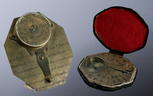 Pocket sundial and compass, circa 1750