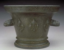 Bronze mortar dated 1636, found near Parry Sound, Ontario.