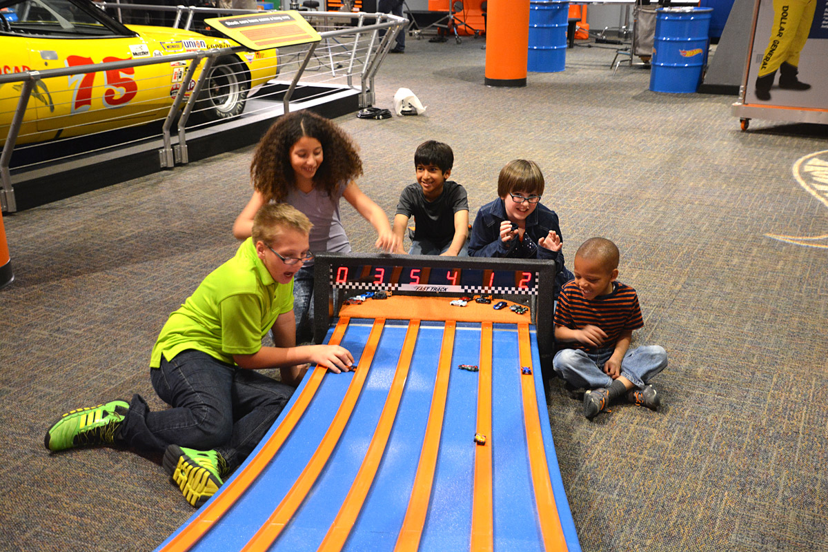 hot wheels race to win canadian museum of history. Black Bedroom Furniture Sets. Home Design Ideas
