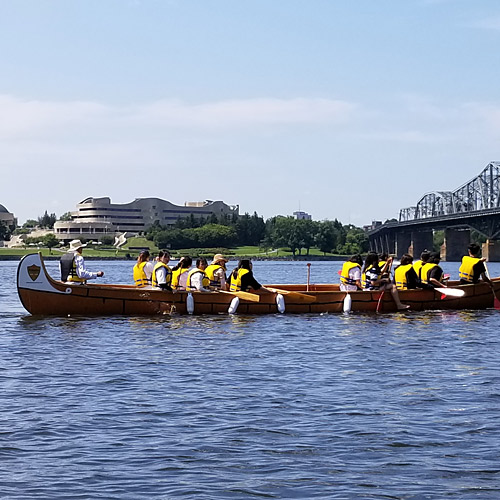 Traditional Montréal canoe