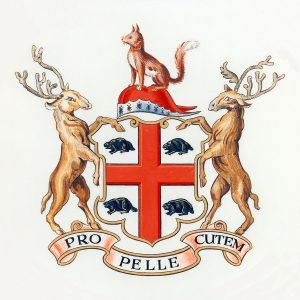 Coat of arms with a red cross and four beavers in each corner, flanked by two upright elk and a fox above